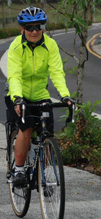 Cyclist geared up for the conditions