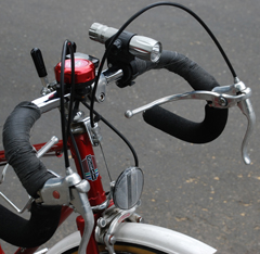 bike light on handlebars