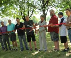 ribbon cutting at disc golf opening