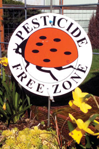 pesticide free zone sign